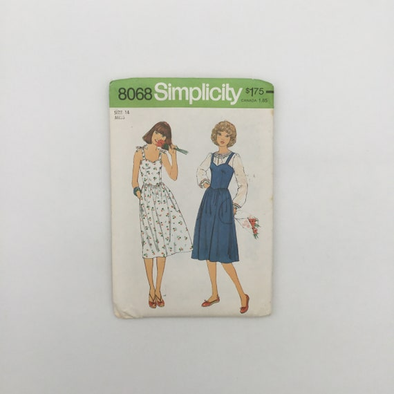 Simplicity 8068 (1977) Dress or Jumper and Blouse - Size 14 Bust 36 - Vintage Uncut Sewing Pattern