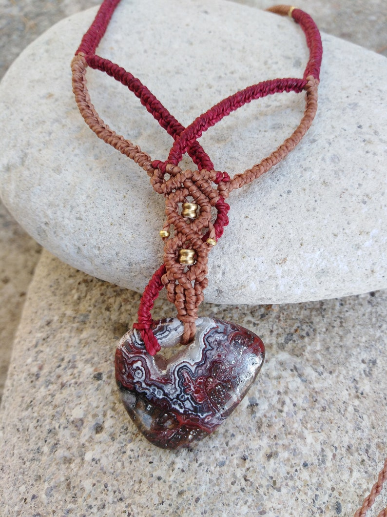 Unisex hippie Boho waterproof resistent Handmade Macrame/' necklace with Crazy lace Agate Stone copper and red threads unique