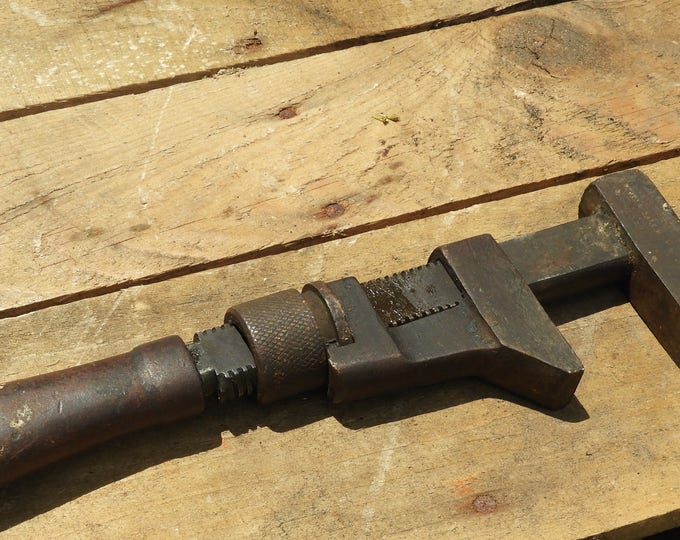 Rare Antique Bemus and Call H&T Wrench, Metal Handle Pipe Wrench, Ultimate Primitive Decor, Man Cave Art, Brown Black Adjustable Monkey Tool