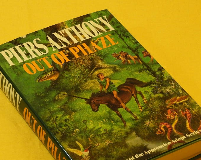 "Vintage 1987 Book ""Out of Phaze"", Piers Anthony Unicorn Book Four of Apprentice Adept Series, Green Fantasy Book, Map of Purple Mountains"