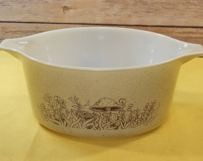 Vintage Pyrex 474-B 1.5 Quart Casserole Bowl Dish, Pyrex Kitchenware, Forest Fancies Pyrex Bowl, Beige and Brown Cookware, Made in USA