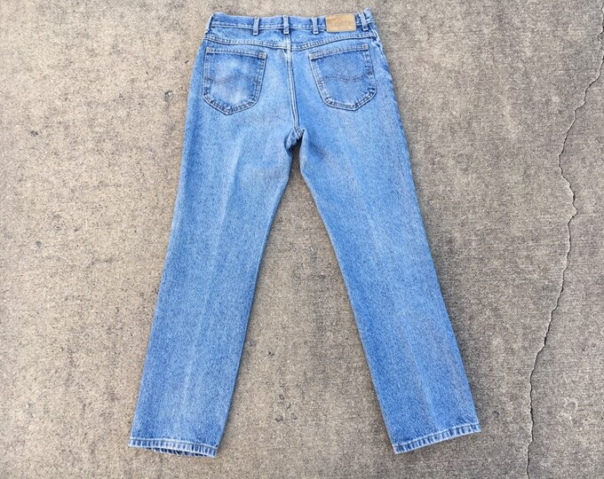 Vintage Lee Jeans, Rare Blue Label, High Rise Waist, Mens 32 W x 30.5 I, Mom Style Pants, Stonewashed Blue Jean, Straight Leg, Fashion Denim
