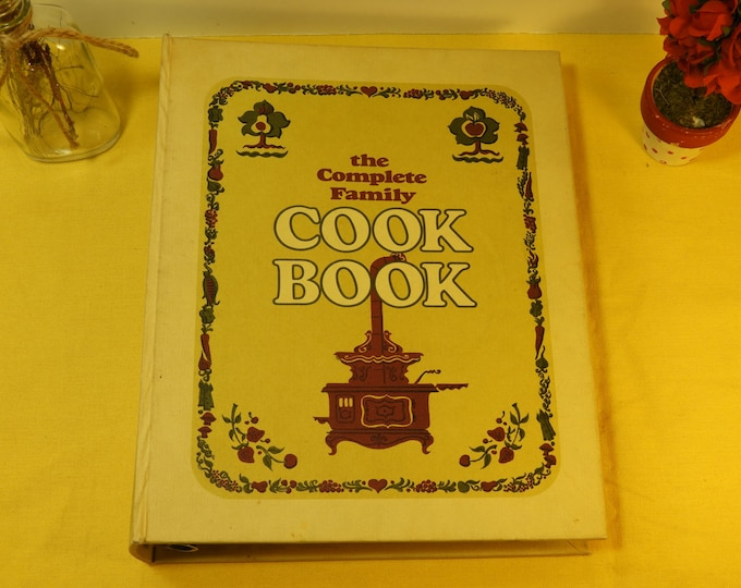 Vintage 1969 Cookbook The Complete Family Cookbook,White Cook Manual Published New York, Herb Chart Cookbook, Mid Century Chefs Cookbook