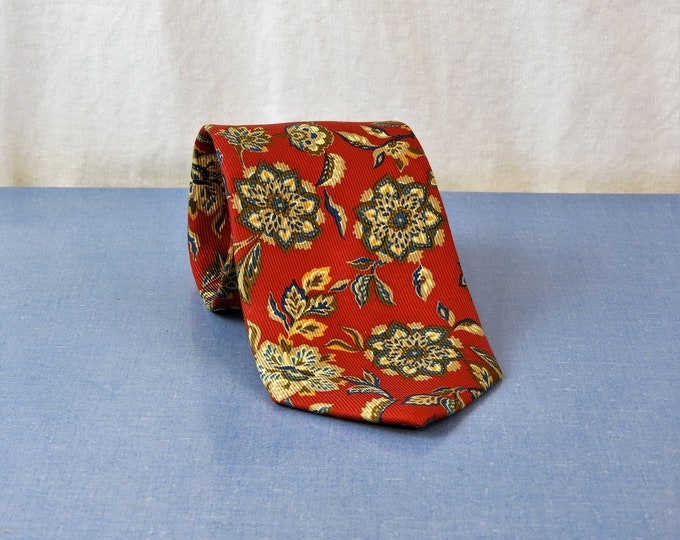 "Vintage Red Tie, Floral Garden, Long 62"" Silk Necktie, Lands End, Direct Merchant, V290 Hand Sewn, Mens Fashion Closet, Spring Style"