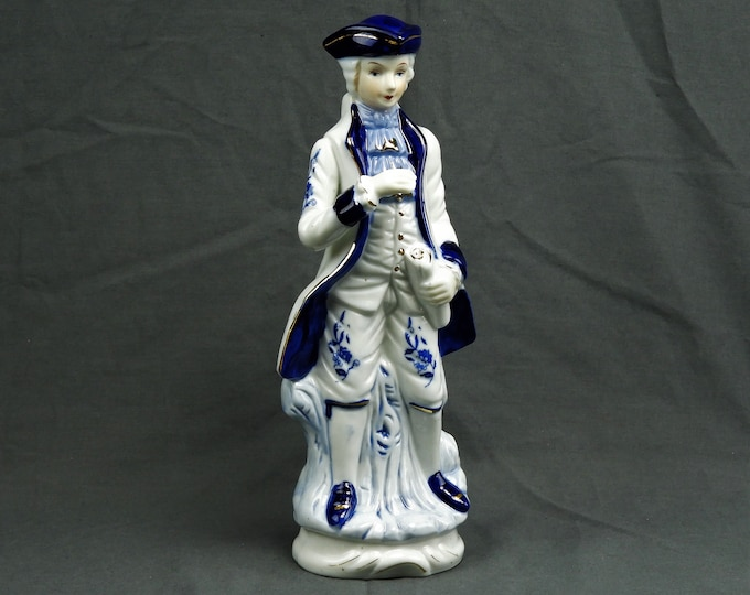 Vintage Colonial Figure, Porcelain Statue, Young George Washington, Blue & White, Tricorne Hat, Early America, 18th Century, Victorian Decor