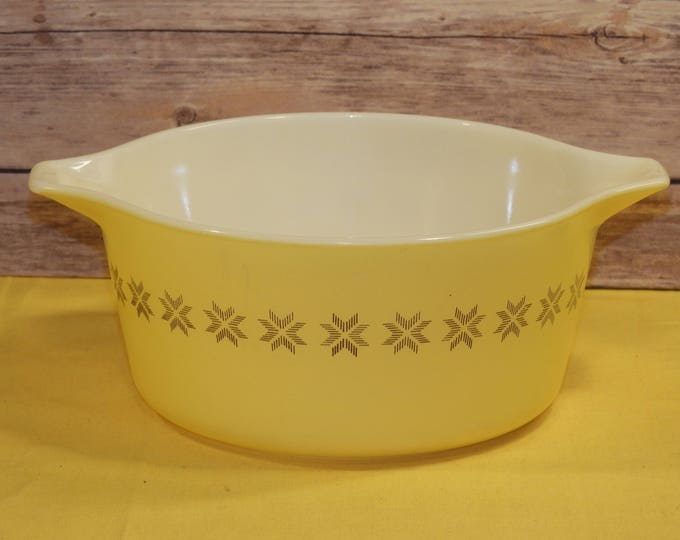 Vintage Pyrex 474-B 1.5 Quart Casserole Bowl Dish, Pyrex Kitchenware, Town and Country Pyrex Bowl, Yellow and Brown Cookware, Made in USA