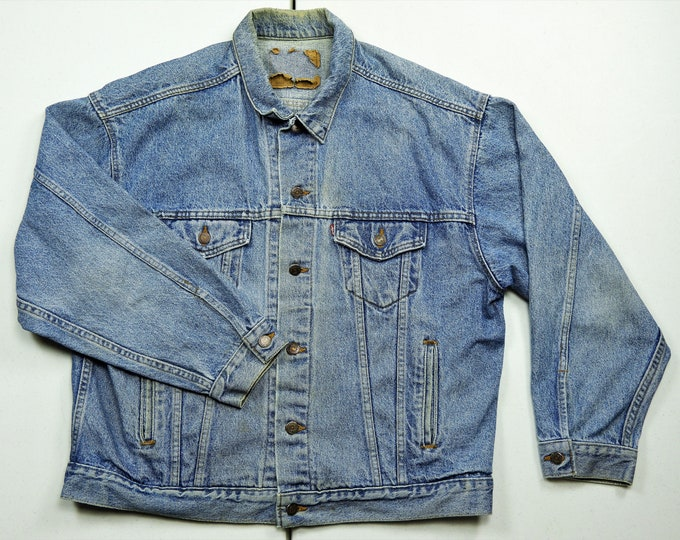 Vintage Levi's Jacket, Denim Trucker Coat, Blue Jean, BOHO Fashion, Distress & Fade, Medium Wash, 70507-1390, 100% Cotton, Made in USA