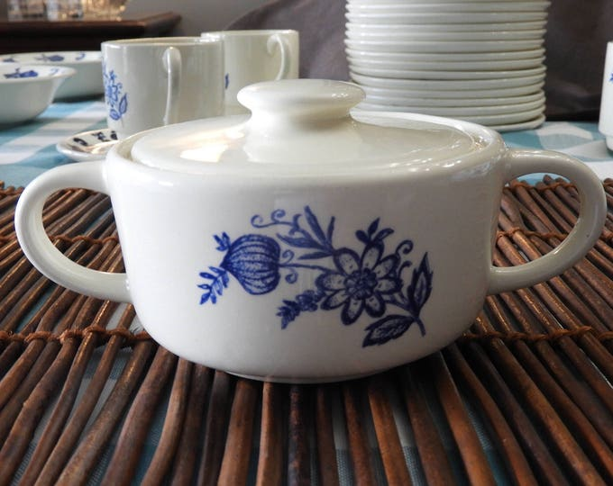 Vintage Blue Onion Sugar Bowl, White Blue Sugar Bowl w/Lid, Porcelain China Sugar Bowl, Blue Dinnerware Sauce Bowl Dish