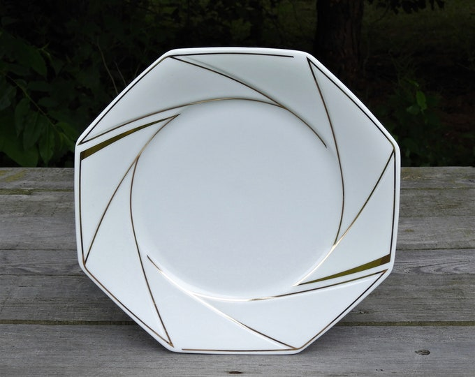 Vintage Ranmaru Serving Plate, Crystalline White, Gold Accents, Gallery Collections, Octagonal Shape, Glass Ceramics, Fine Dinnerware, Japan