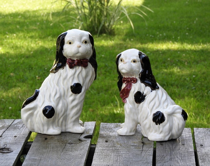 Vintage Spaniel Figurines, English Springer Dogs, Porcelain Statues, White & Black Figures, Entryway Decor, Home Decorations, Collectibles