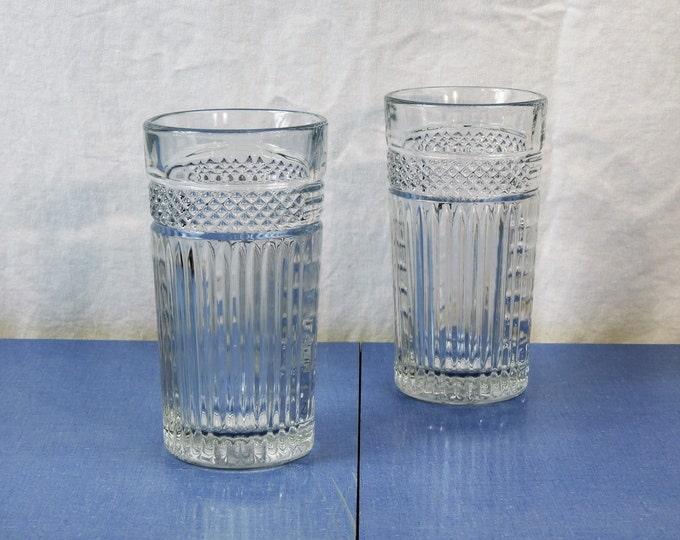 Vintage Glass Tumblers (2), 16 oz Libbey USA, Clear Ribbed Glasses, Hobnail Diamond, Kitchen Decor, Fine Drinkware, Drinking Cups