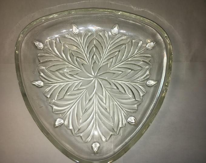 """Vintage Triangular 3-Sided Glass Candy Trinket Dish Holly Leaf? Bottom 6.5"""""""