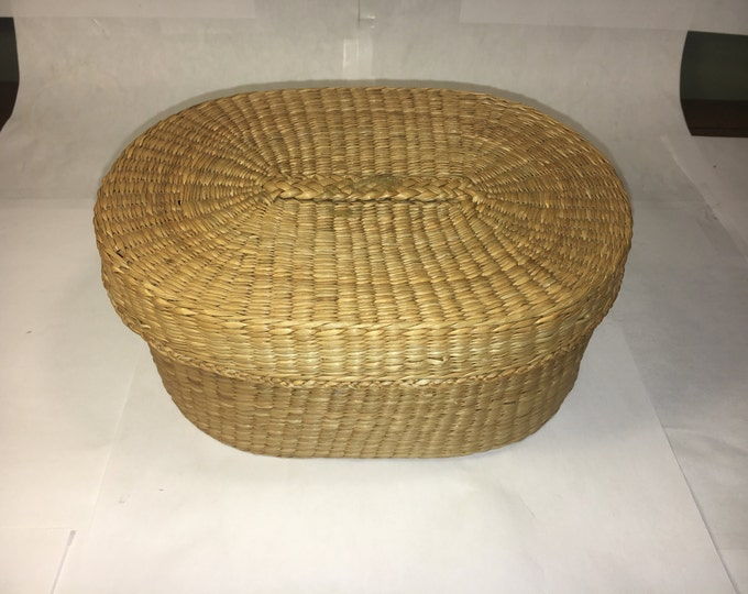 "Vintage Woven Wicker Basket Handle Top 7.5"" long Oval Shape South American Look"