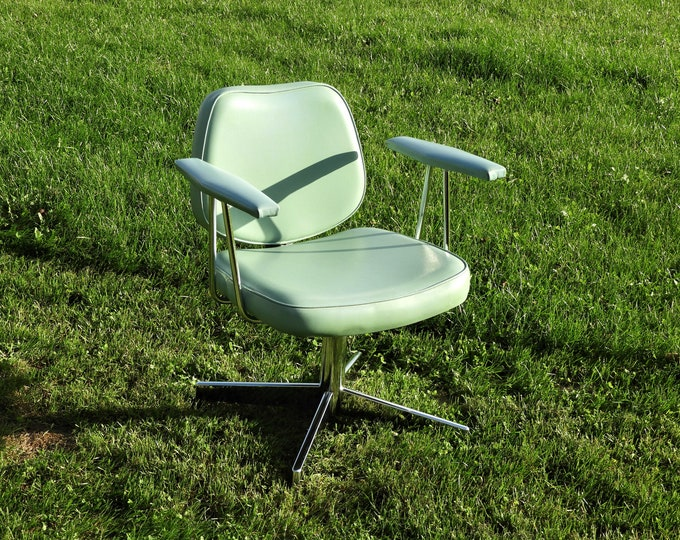 Mid Century Accent Chair, Chrome & Vinyl Furniture, Belmont Takara Club Armchair, Entryway Decoration, Light Green Belmont Seat, Aqua Decor