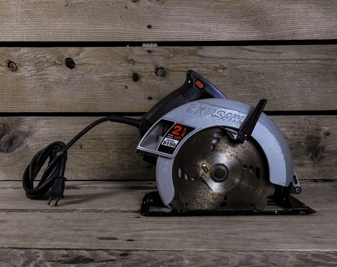 """Vintage Circular Saw, Electric Skilsaw, September 1993, Made in USA, 7.25"""" Blade, 2.25 HP 10AMP, Black & Silver, Industrial Tool, Home Decor"""