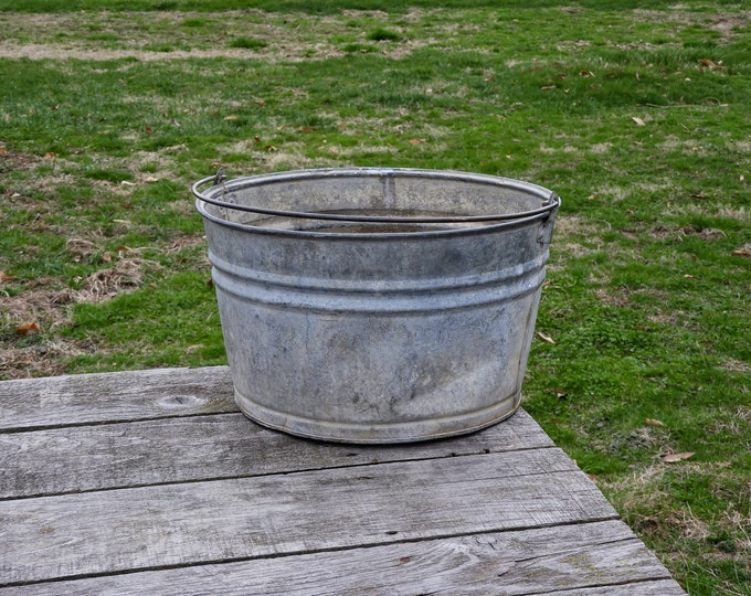 Antique Galvanized Bucket, Farmhouse Planter, Dover Stamping, Rustic Metal, Round Washtub, Distressed Gray, Ribbed Steel, Home Decor