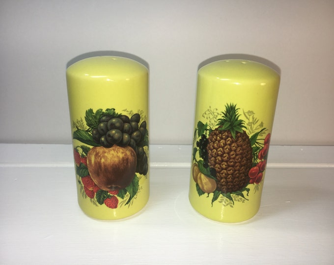 "Vintage Shakers, Porcelain Retro Yellow Shakers, Yellow Salt and Pepper Shakers, Yellow w/Pineapple Grape Cherries Pear Strawberry Design 4"""
