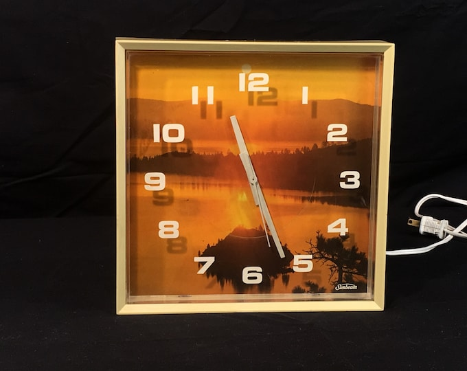 Vintage Sunbeam Wall Clock, Decorative Beige & Orange Clock, Kitchen Wall Clock, Sun Rise Theme Clock, Plastic Electric Wall Clock,Study Art
