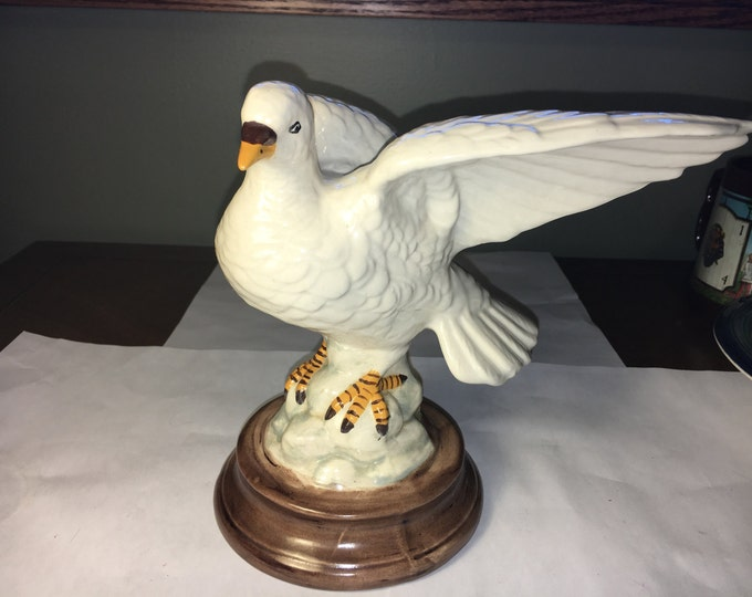 Vintage Dove Statue, Ron Molds Dove on Rock Figure, Ceramic Statue Figure, White Decorative Bird Art, Dove Collectible, Animal Art