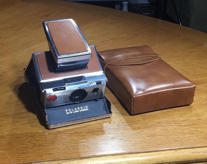 Vintage SX 70 Land Camera w/Case, Polaroid Polished Aluminum & Leather Camera, Decorative Buckskin Gold Camera, Collectible Polaroid Camera