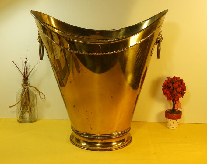 Vintage Brass Bucket, Lions Head Rings, Ash Holder, Gold Colored, Shiny Metal, Umbrella Stand, Home Decor, Collectible Metalware