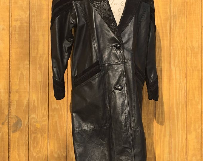 Vintage Leather Trench Coat, Women's Size Petite Small Coat, Laurice Genuine Black Leather Jacket, Suede Leather Western Coat, Riding Coat