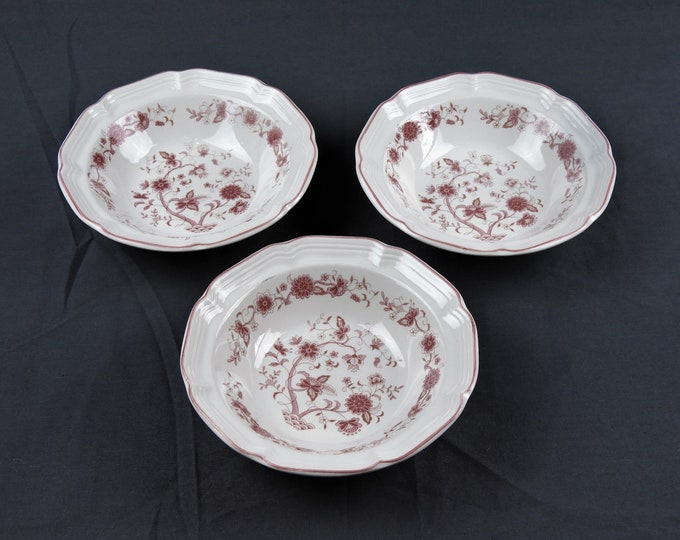 Vintage Hankook Bowls (3), Cranberry Pink, China Dinnerware, 3 Soup Dishes, Scalloped Rim, Kitchen Decor, Made in Korea