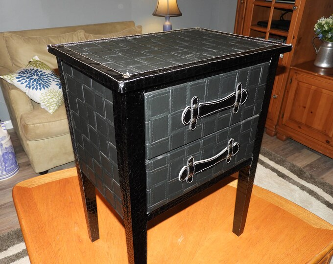 Vintage Black Leather Accent Table, Faux Patent Black Foyer Display Table, Black Night Stand End Table, Heavy Metal Fashion Black Furniture