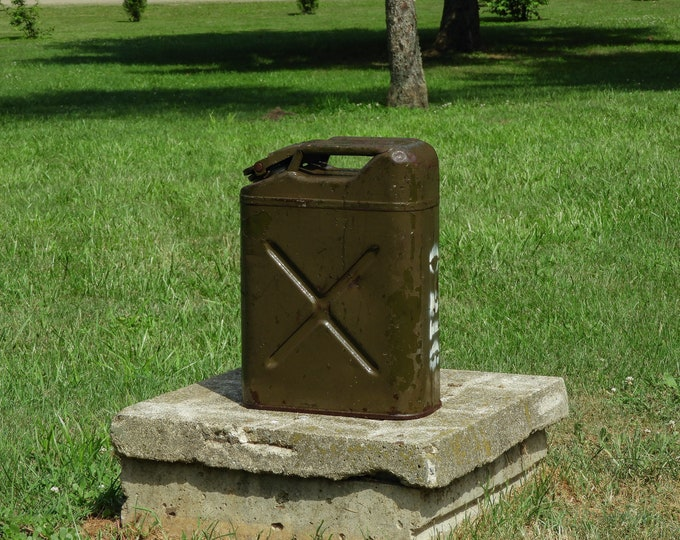 Vintage Jerry Can, 44 Cavalier, US Army WWII, Distressed Steel, Brown & Dark Green, Chippy Paint, Gas and Water, Home Decor, Industrial Art