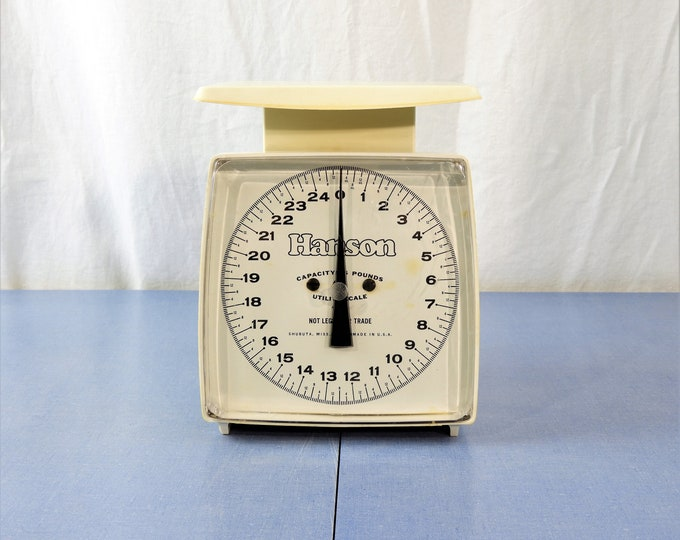 Vintage Hanson Scale, 25 Pound Capacity, Working Instrument, Kitchen Decor, Adjustable White and Black, Clear Front, 4040-4 Utility