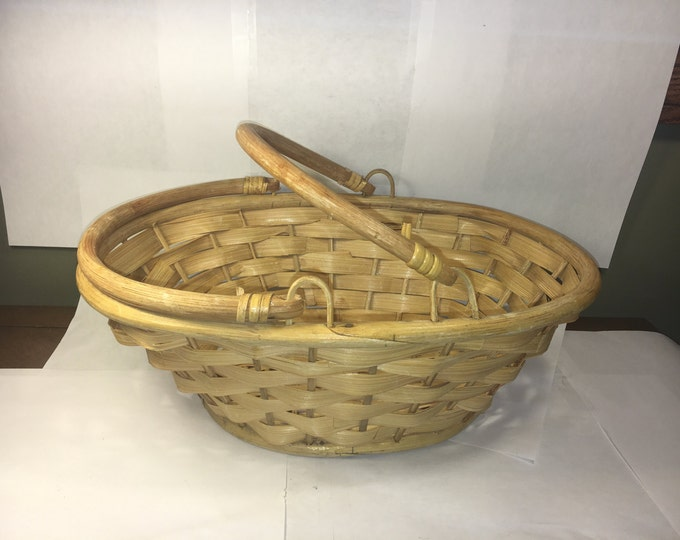 Vintage Split Bamboo Basket, Handled Gathering Utility Basket, Kitchen Decoration, Soap Storage, Gold Brown Egg Basket