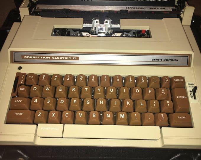 Vintage 1980's Decorative Typewriter, Smith Corona Typewriter Correction Electric II, Working 1980's Typewriter, Typewriter w/Case.