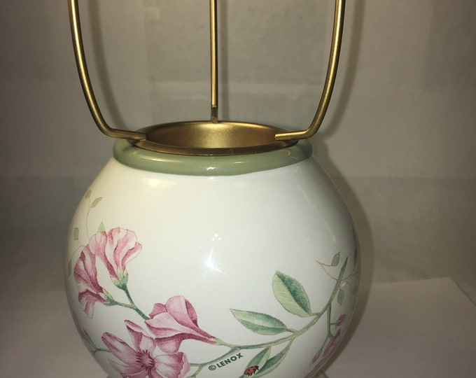 Vintage Lenox Butterfly Meadow Candle Lamp Green Rim White Floral Belly Lamp Only No Shade made in China
