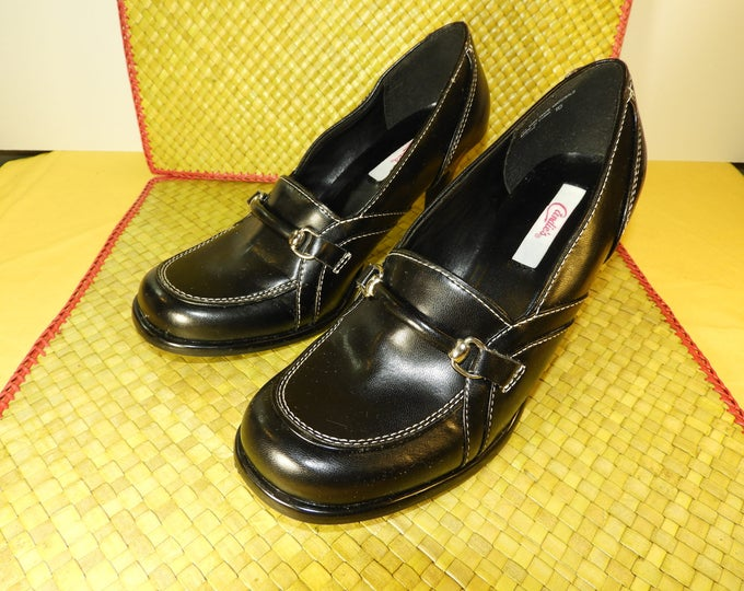 """Vintage Candies Black Heels Pumps Size 10, Gottee Candies Black Leather Look Shoes, Retro 90's Candies Heels 2.5"""" Heel From Arch, in China"""