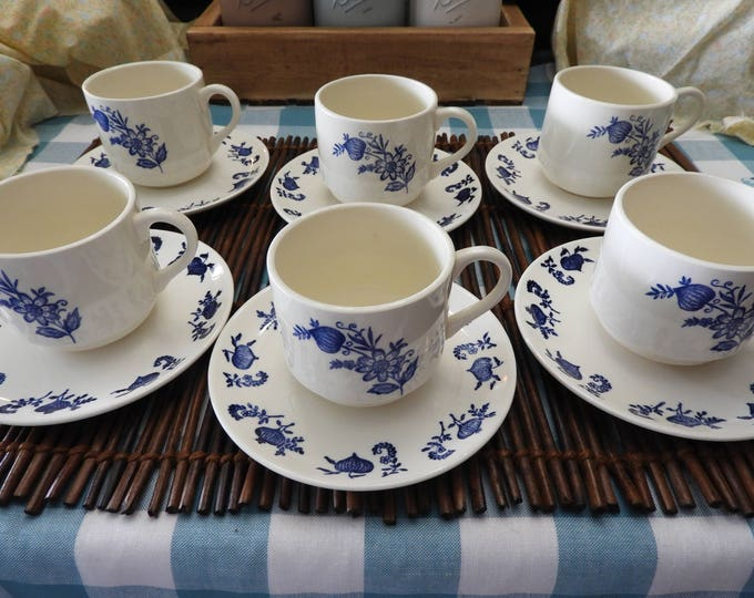 Vintage Blue Onion Tea Cups and Saucers (6),Lot of Blue White Dinnerware Cups and Plates,Country Blue Onion China Porcelain Dish,Made in USA