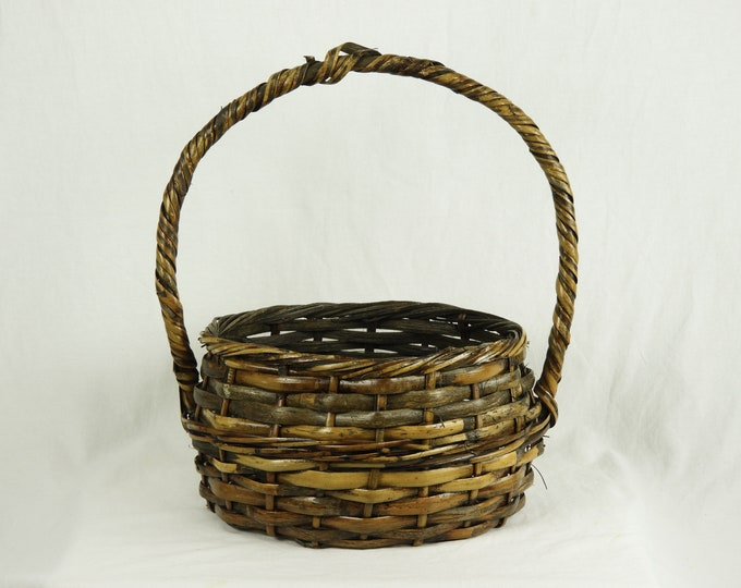 Vintage Gathering Basket, Bamboo & Rattan, Distressed Brown, Solid Wood Handle, Woven Splint, Old Wooden, Primitive Decor, Home Decoration