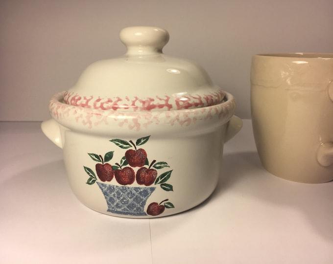 Vintage Cranberry Spongeware Crock, Red Serving Dish w/Handles and Lid, Apples Over Blue Basket Theme Spongeware Rim Collectors Crock