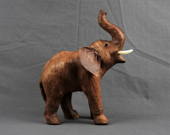 Vintage Leather Elephant, Brown Statue, Glass Eyes, African Wildlife, Home Decor, Moroccan Decoration, Lodge Figure, Entryway Figurine