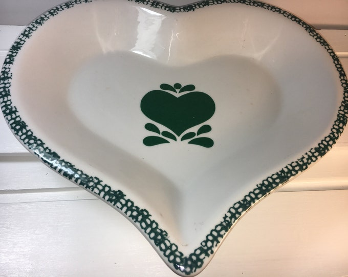 Vintage Pie Plate Tray, Green Spongeware Heart Shaped Pie Plate, Stoneware Tray Platter, Heart Shaped Cake, Green Heart Tray from China