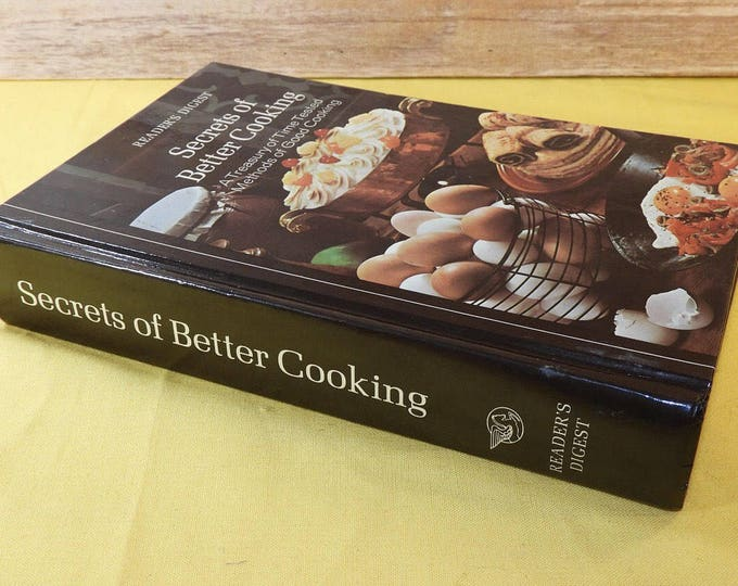Vintage 1977 Cookbook, Brown Reader's Digest Book, Secrets of Better Cooking A Treasury of Time Tested Methods of Good Cooking, Made in USA