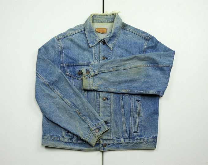 Vintage 1970s Levi's Jacket, Distressed Faded Denim, 46R Trucker Coat, Blue Jean, BOHO Fashion, 70506-0214, 100% Cotton, Made in USA