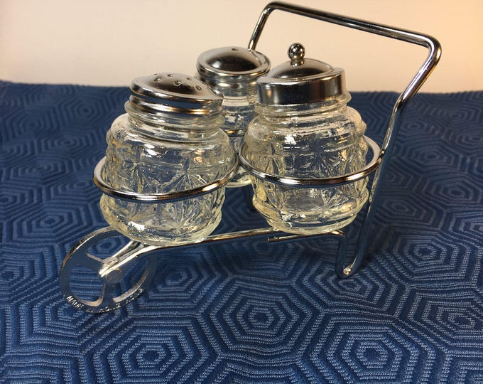 Vintage Salt Pepper Sugar Shakers,  TriCycle Wheelbarrow Glass Shakers,Country Wheel Barrow Shakers,Clear Sugar Container,Salt Pepper Shaker