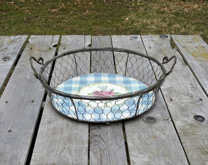 Vintage Metal Basket, Wall Hanging Decor, Round Galvanized, Country Centerpiece, Industrial Decoration, Bath Towel Holder, French Gardens