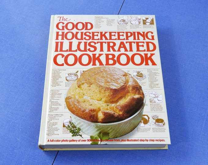Vintage Hardback Cookbook, The Good Housekeeping Illustrated Cook Book, 1980 Hearst, Zoe Coulson, Step by Step Recipes, Beige Kitchen Decor