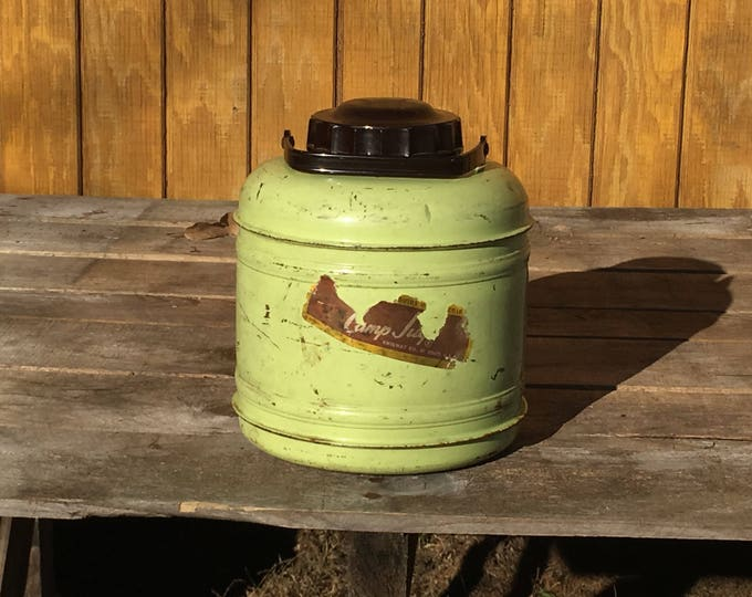 Vintage Camp Jug, Decorative Green Cooler, Lightweight Aluminum Jug with Liner, Portable Picnic Canister, Living Room Kitchen Vase