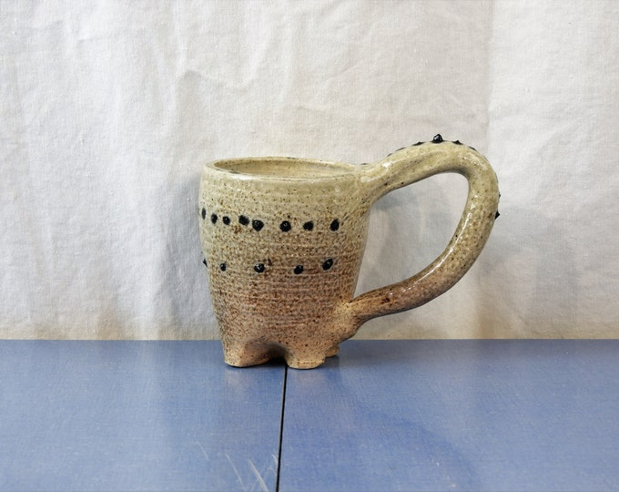Vintage Dinosaur Mug, Stegosaurus Theme, Beige Ceramic Cup, Black Spike Pottery, Kitchen Decoration, Prehistoric Gift, Stoneware Collectible
