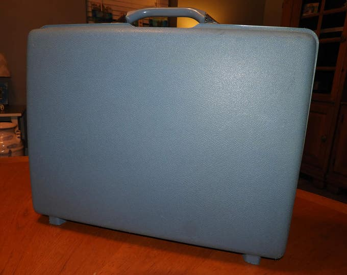 "Vintage Blue Suitcase, Blue Samsonite Royal Traveler Montbello II, Retro Royal Luggage, Cool Blue Suitcase, 21 1/8"" x 15.5"" x 5.5"""
