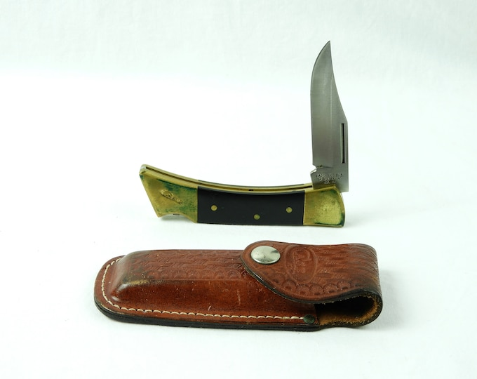 Vintage Case XX Knife, Leather & Cutlery, Shark Tooth 59L, Stainless Steel, 1992 Bedford PA, Black Handle, Brass Ends, Lock Back
