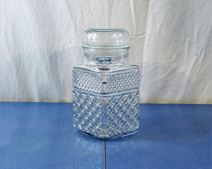 Vintage Apothecary Jar, Anchor Hocking, Clear Glass Canister, Square Wexford Storage, 2 Quart, Cookie Holder, Diamond Pattern, Plastic Seal
