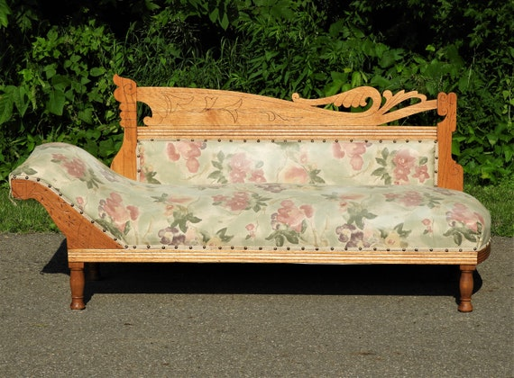 Miraculous Antique Fainting Couch Musical Note Chaise Lounge Carved Oak Furniture Green Gold Grecian Daybed Meridienne Recamier Chair Beatyapartments Chair Design Images Beatyapartmentscom